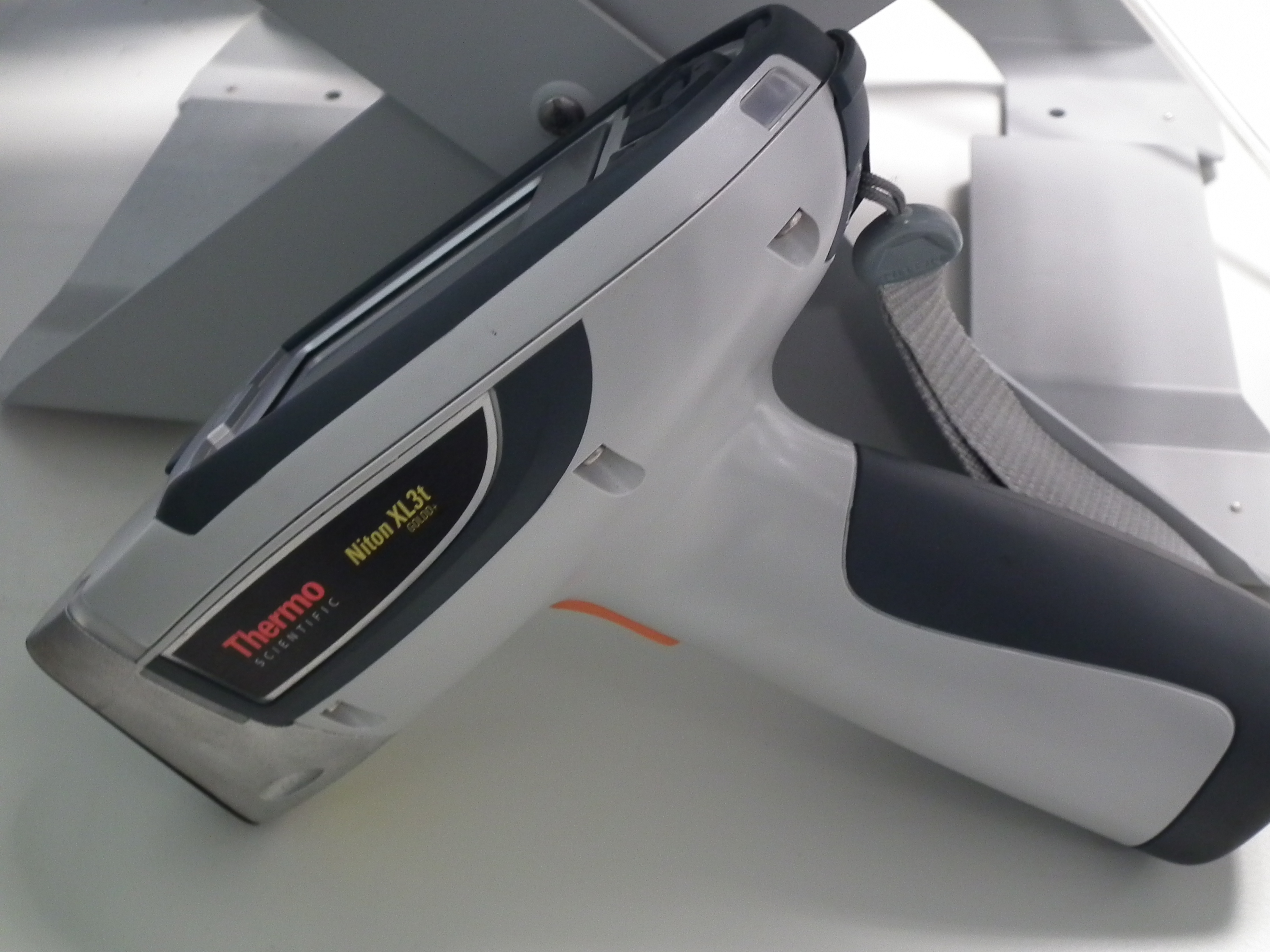 Thermo Niton XL3t Portable XRF